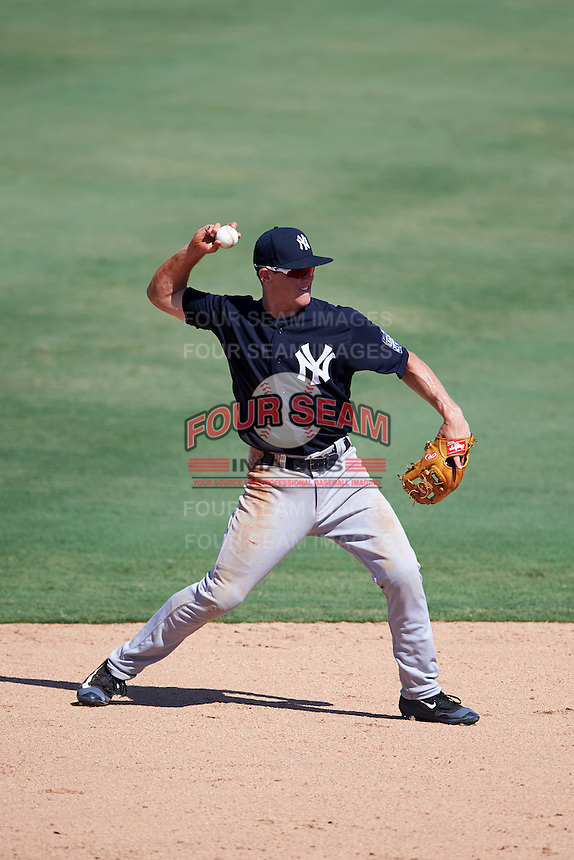 New York Yankees second baseman Nick Solak (6) during an Instructional League game against the Philadelphia Phillies on September 27, 2016 at Bright House Field in Clearwater, Florida.  (Mike Janes/Four Seam Images)