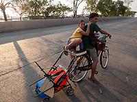 Street Photography, Manila, Philippines Unusual transport