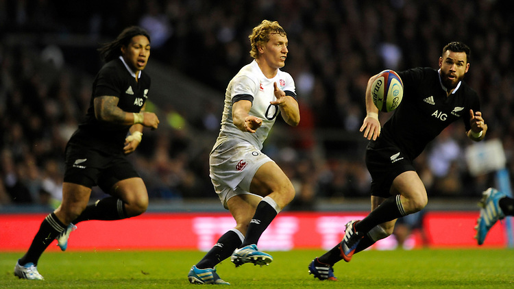 Billy Twelvetrees of England in action during the QBE Autumn International match between England and New Zealand at Twickenham on Saturday 16th November 2013 (Photo by Rob Munro)