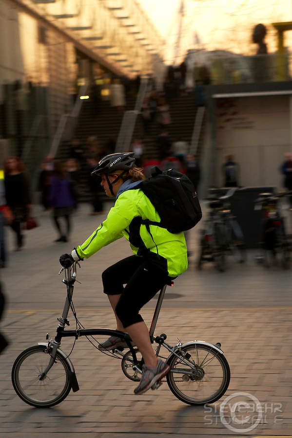 commuting cyclists London South Bank..March 2009..pic copyright Steve Behr / Stockfile..
