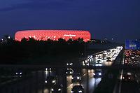 22.09.2017,  Football 1.Liga 2017/2018, 6. match day, FC Bayern Muenchen - VfL Wolfsburg, in Allianz-Arena Muenchen.   Die Arena leuchtet rot. *** Local Caption *** © pixathlon<br /> <br /> +++ NED + SUI out !!! +++<br /> Contact: +49-40-22 63 02 60 , info@pixathlon.de