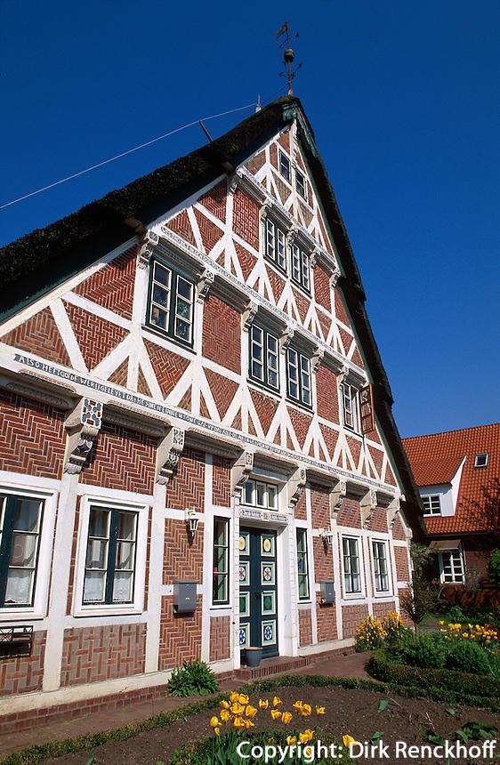 Deutschland, Niedersachsen, Altes Land, Fachwerkhaus von Familie Kolster