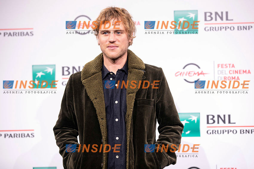 ActorJohnny Flynn poses for photographers for the photo call of the film Stardust during the 15th edition of Rome film Fest.<br /> Rome (Italy), 16/10/2020<br /> Photo Pool Insidefoto