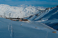 The Hindu Kush is an 800 km long mountain range that stretches between central Afghanistan and northern Pakistan. It offers virgin slopes for cross-country skiers.
