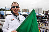 Jay Joseph, Vice President, Marketing & Customer Experience, American Honda Motor Co., Inc. threw the green flag