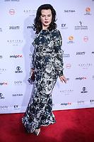 NEW YORK, NY 21.11.2016 - EMMY-2016 - Debi Mazar durante tapete vermelho do Emmy Internacional 2016 prêmio dos melhores atores e novelas da TV, em Nova York, nos Estados Unidos na noite desta segunda-feira, 21. (Foto: Vanessa Carvalho/Brazil Photo Press)