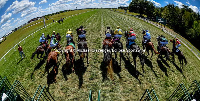 November 9, 2021: Scenes from the Eclipse Sportswire Photo Workshop at Kentucky Downs in Franklin, Kentucky, photo by Michael Clevenger/Eclipse Sportswire Photo Workshop