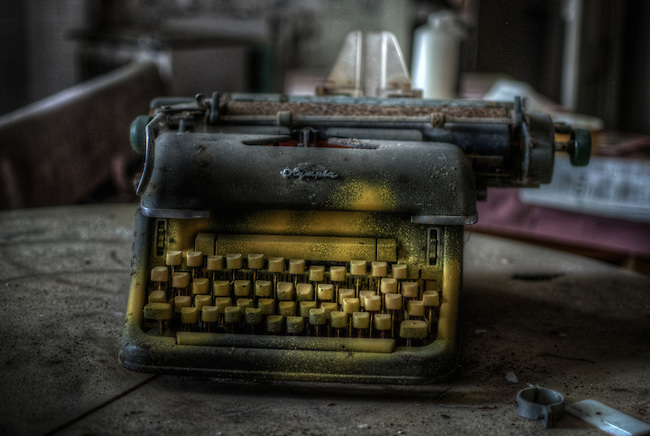 Old type writer on lost hotel