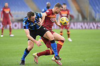Stefan De Vrij of Inter and Edin Dzeko of Roma  during the Serie A football match between AS Roma and FC Internazionale at Olimpico stadium in Roma (Italy), January 10th, 2021. Photo Andrea Staccioli / Insidefoto