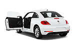 Car images close up view of a 2019 Volkswagen Beetle S 5 Door Hatchback doors