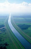 Deutschland, Niedersachsen, Elbe- Seitenkanal, Wasser, Schifffahrt