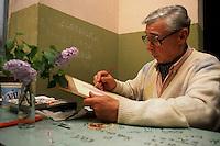 L' Università popolare di Roma si occupa della formazione permanente degli adulti. Fondata il 30 marzo 1987..Popular  University of Rome is responsible for the adults education.Founded March 30 1987.....