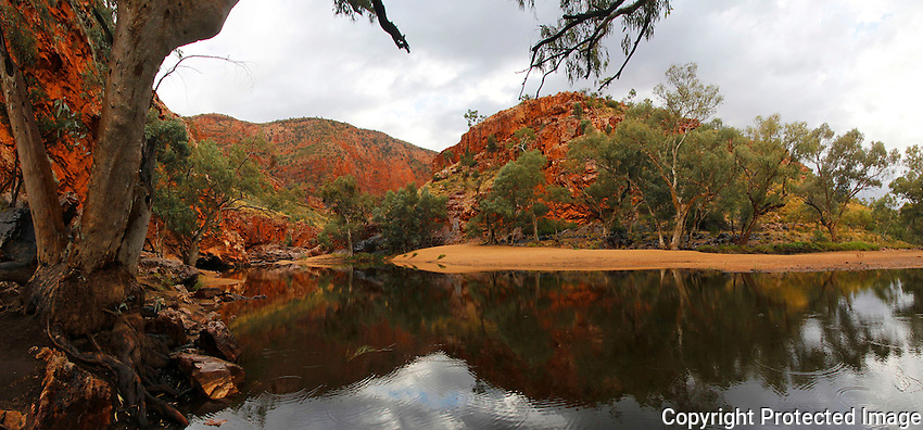 Ormiston Gorge, West MacDonnell National Park, Northern Territory