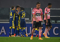 Calcio, Serie A: Juventus - Hellas Verona, Turin, Allianz Stadium, October 25, 2020.<br /> Hellas Verona's Andrea Favilli (second left) celebrates after scoring during the Italian Serie A football match between Juventus and Hellas Verona at the Allianz stadium in Turin, October 25,,2020.<br /> UPDATE IMAGES PRESS/Isabella Bonotto