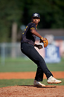 Jordan Irizarry (32) during the WWBA World Championship at Terry Park on October 11, 2020 in Fort Myers, Florida.  Jordan Irizarry, a resident of Virginia Beach, Virginia who attends Princess Anne High School, is committed to Campbell.  (Mike Janes/Four Seam Images)