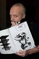 L'artiste peintre multidisciplinaire Zilon<br /> <br /> Dec 2009<br /> <br />  PHOTO :  Agence Quebec Presse