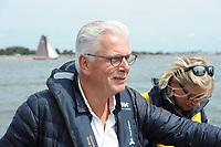 ZEILSPORT: SKS Skûtsjesilen 2017, Jan Slagter (Directeur Omroep MAX), ©foto Martin de Jong