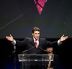 Rick Perry evangelical response