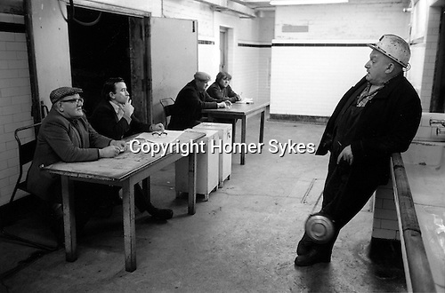 Snowdown Colliery, Snowdown Kent. Miners vote for early retirement December 1976.  1970s UK .<br /> <br /> (L-R Sitting down) Len Jeavons, Don Decry, unknown, Bryn Hill and standing Jack Thornton.<br /> <br /> Caption names thanks to Darran Cowd<br /> Museum & Heritage Manager, Betteshanger Sustainable Parks,