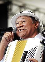 *ARQUIVO/DOMINGUINHOS - 25.02.2011 - O cantor, compositor e sanfoneiro Dominguinho, morreu na noite desta terça-feira aos 72 anos.  Na foto o cantor Dominguinhos durante show no SESC Itaquera na Zona Lesta de são paulo para comemorar o aniversário da cidade de Sao Paulo  (FOTO: ALAN MORICI / BRAZIL PHOTO PRESS).