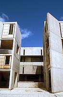 Louis I. Kahn: Salk Institute, La Jolla. Elevation--north side of court. Brutalist style.Photo 2004.