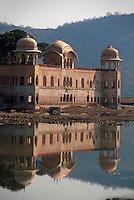 Jal Mahal (Wasserpalast) bei Jaipur, Rajasthan, Indien