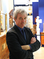 BNPS.co.uk (01202 558833)<br /> Pic: DeepSouthMedia/BNPS<br /> <br /> Pictured: Antique expert Martyn Downer.<br /> <br /> A silver pocket watch that belonged to Lord Protector Oliver Cromwell has been unearthed after 369 years.<br /> <br /> The republican had the small timepiece on him in 1650 during his New Model Army's campaign in Ireland.<br /> <br /> Cromwell, who defeated King Charles I in the English Civil War, gave the watch to John Blackwell, deputy treasurer-at-war and an officer in the cavalry during the Siege of Cronmel in Ireland.<br /> <br /> It remained in the Blackwell family until it was sold to antique expert Martyn Downer who paid a not inconsiderable £18,000 for it.