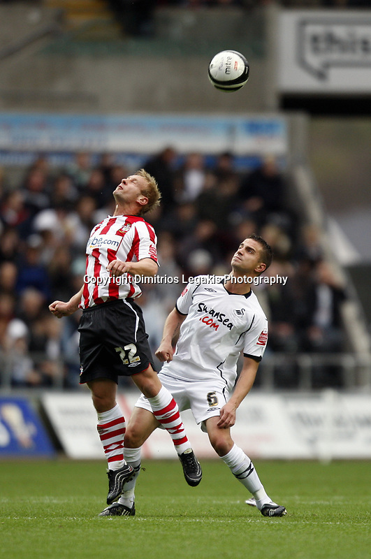 Pictured: Ferrie Bodde of Swansea City in action<br /> Re: Coca Cola Championship, Swansea City Football Club v Southampton at the Liberty Stadium, Swansea, south Wales 25 October 2008.<br /> Picture by Dimitrios Legakis Photography, Swansea, 07815441513