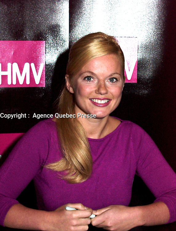 Montreal, 1999-09-22. Singer and former ```Spice Girl `` Geri Halliwell was doing a autographs session in a Montreal (Quebec, Canada) HMV record store as part of a promo tour in Montreal for her new solo abum Schizophonic.<br /> <br /> <br /> Photo : (c) Pierre Roussel - Agence Quebec Presse<br /> <br /> NOTE :  Digital camera image