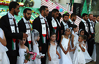 Young brides in the celebration organized by the Hamas movement, a collective marriage 110 bridegroom and the bride in the town of Beit Lahia in the northern Gaza Strip, August 2, 2007