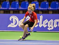 December 189 2014, Rotterdam, Topsport Centrum, Lotto NK Tennis, Lady's quarter final, ballgirl<br /> Photo: Tennisimages/Henk Koster