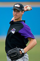 Nathan Jones #32 of the Winston-Salem Dash throws in the outfield at Pfitzner Stadium June 10, 2009 in Woodbridge, Virginia. (Photo by Brian Westerholt / Four Seam Images)
