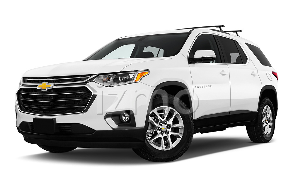 Stock pictures of low aggressive front three quarter view of 2018 Chevrolet Traverse 1LT 5 Door SUV Low Aggressive