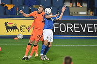 Daley Blind of Netherlands and Nicolo Barella of Italy during the Uefa Nation League Group Stage A1 football match between Italy and Netherlands at Atleti azzurri d Italia Stadium in Bergamo (Italy), October, 14, 2020. Photo Andrea Staccioli / Insidefoto
