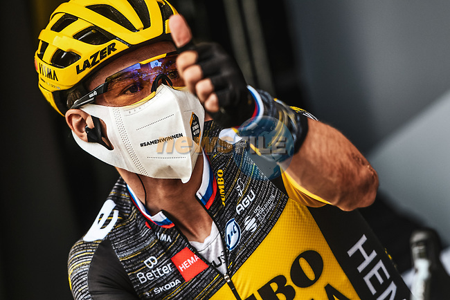 Primoz Roglic (SLO) Team Jumbo-Visma at sign on before the start of Stage 8 of the 2021 Tour de France, running 150.8km from Oyonnax to Le Grand-Bornand, France. 3rd July 2021.  <br /> Picture: A.S.O./Charly Lopez   Cyclefile<br /> <br /> All photos usage must carry mandatory copyright credit (© Cyclefile   A.S.O./Charly Lopez)