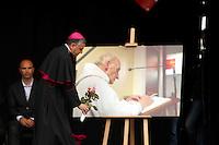 L'archeveque de Rouen Dominique Lebrun - La ville de Saint-Etienne du Rouvray a organisé au parc omnisport Youri Gagarine une cérémonie en hommage au père Jacques Hamel, assassine dans son eglise par deux djihadistes.