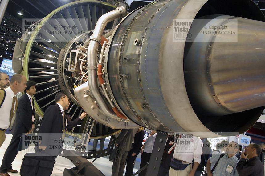 - aeronautic engine turbojet Snecma (France)....- motore aeronautico turboreattore Snecma (Francia)