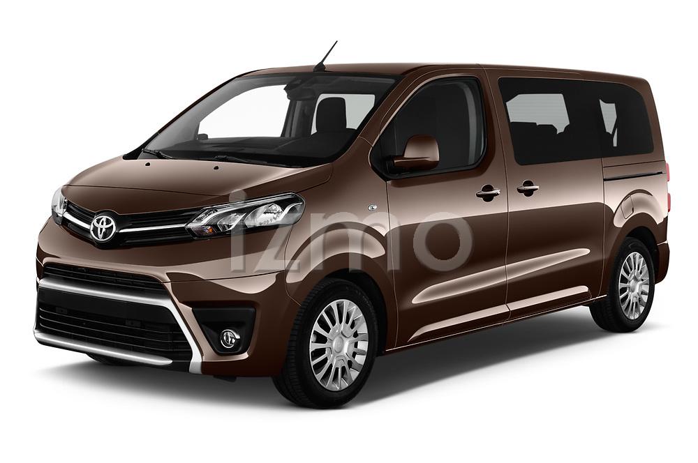 2018 Toyota Proace-Verso MPV 5 Door Minivan Angular Front stock photos of front three quarter view