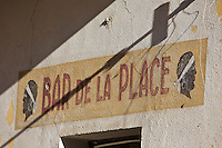 Europe/France/2B/Haute Corse/Balagne/ Corbara : Enseigne du Bar de la Place
