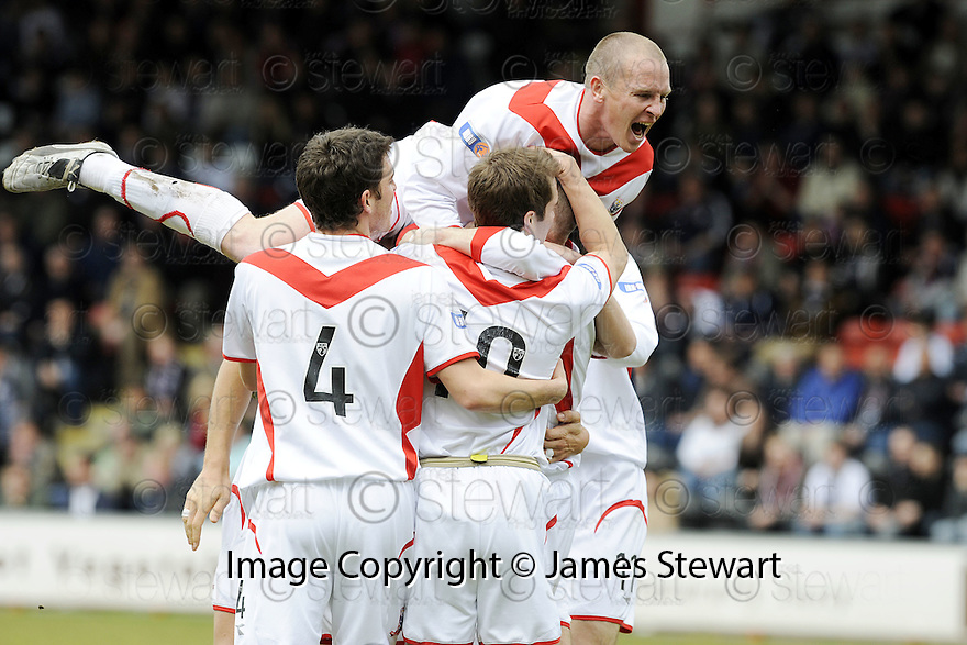 03/05/2008   Copyright Pic: James Stewart.File Name : sct_jspa17_airdrie_v_raith. BRYAN PRUNTY IS CONRATULATED AFTER SCORING AIRDRIES FIRST.James Stewart Photo Agency 19 Carronlea Drive, Falkirk. FK2 8DN      Vat Reg No. 607 6932 25.Studio      : +44 (0)1324 611191 .Mobile      : +44 (0)7721 416997.E-mail  :  jim@jspa.co.uk.If you require further information then contact Jim Stewart on any of the numbers above........