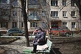 Pensionären Tatjana, 70 years old sits outside her Soviet-era appartment blocks (so called Khrushchevka)  at Presnya district  of Moscow./ Abrisspläne in Moskau 2017 für über 1 Million Menschen, Demolition plans in Moscow for over 1 Million people