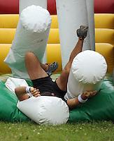 120205 Smallblacks - Richard Kahui Obstacle Course