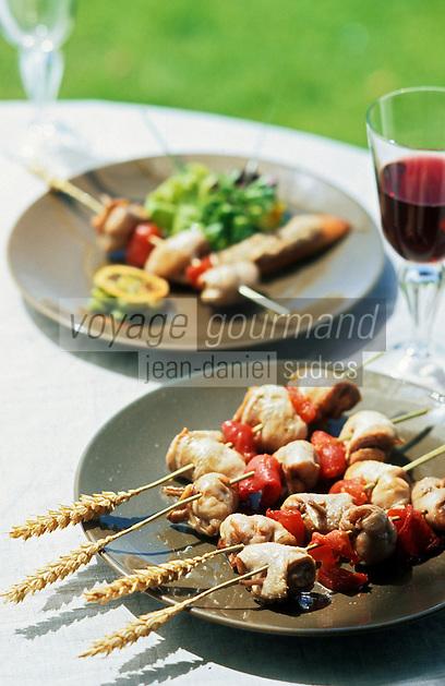Europe/France/Rhône-Alpes/69/Rhône/Bagnols: Brochettes de cuisses de cailles, vinaigrette de fèves et tomates confites - Recette de P Lechat du château de Bagnols
