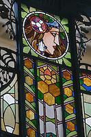 Europe/République Tchèque/Prague: La Maison Municipale-Edifice Art Nouveau qui se dresse  à l'emplacement de l'ancien Palais Royal- détail vitrail de la marquise de fer  de l'entrée