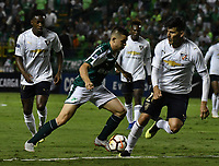PALMIRA - COLOMBIA, 19-09-2018: Nicolás Benedetti (Izq.) jugador de Deportivo Cali disputa el balón con Christian Cruz (Der.) jugador de Liga Deportiva Universitaria de Quito, durante partido entre Deportivo Cali (COL) y Liga Deportiva Universitaria de Quito (ECU), de los octavos de final, llave H, por la Copa Conmebol Sudamericana 2018, jugado en el estadio Deportivo Cali (Palmaseca) en la ciudad de Palmira. / Nicolas Benedetti (L) player of Deportivo Cali vies for the ball with Christian Cruz (R) player of Liga Deportiva Universitaria de Quito, during a match between Deportivo Cali (COL) and Liga Deportiva Universitaria de Quito (ECU), of eighth finals, key H, for the Copa Conmebol Sudamericana 2018, at the Deportivo Cali (Palmaseca) stadium in Palmira city. Photo: VizzorImage  / Luis Ramirez / Staff.