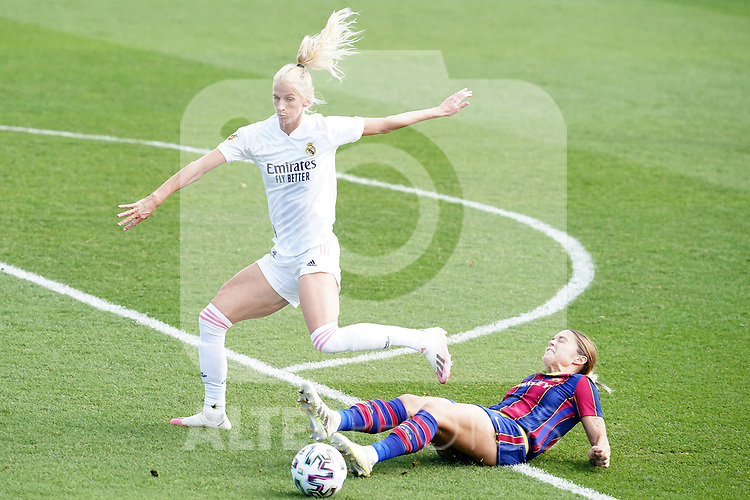 First official match and first classic in the history of women's Real Madrid.<br /> Real Madrid's Sofia Jakobsson (l) and FC Barcelona's Mapi Leon during Spanish Female League match. October 4,2020. (ALTERPHOTOS/Acero)