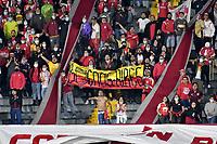 BOGOTA - COLOMBIA, 03-02-2021: Hinchas de Independiente Santa Fe animan a su equipo en el retorno de los aficionados al abrir asistencia durante partido de la fecha 3 entre Independiente Santa Fe y Atletico Nacional por la Liga BetPlay DIMAYOR II 2021, en el estadio Nemesio Camacho El Campin de la ciudad de Bogota. / Fans Independiente Santa Fe cheer for their team in the return of the fans by opening assistance during a match of the 3rd date between Independiente Santa Fe and Atletico Nacional, for the BetPlay DIMAYOR II 2021 League at the Nemesio Camacho El Campin Stadium in Bogota city. / Photo: VizzorImage / Luis Ramirez / Staff.