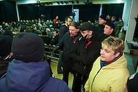 NPD-Veranstaltung gegen geplantes Fluechtlingsheim in Berlin-Neukoelln.<br />Etwa 30 Mitglieder und Sympathiesanten der NPD kamen am Samstag den 16. Februar 2013 zu einer oeffentlichen Veranstaltung der NPD-Berlin. Die NPD versuchte mit der Veranstaltung Stimmung gegen ein geplantes Fluechtlingsheim in Berlin-Neukoelln zu machen.<br />Im Bild: NPD-Mitglieder wollen unliebsame Besucher der Veranstaltung aus dem Saal zu werfen.<br />16.2.2013, Berlin<br />Copyright: Christian-Ditsch.de<br />[Inhaltsveraendernde Manipulation des Fotos nur nach ausdruecklicher Genehmigung des Fotografen. Vereinbarungen ueber Abtretung von Persoenlichkeitsrechten/Model Release der abgebildeten Person/Personen liegen nicht vor. NO MODEL RELEASE! Don't publish without copyright Christian-Ditsch.de, Veroeffentlichung nur mit Fotografennennung, sowie gegen Honorar, MwSt. und Beleg. Konto:, I N G - D i B a, IBAN DE58500105175400192269, BIC INGDDEFFXXX, Kontakt: post@christian-ditsch.de<br />Urhebervermerk wird gemaess Paragraph 13 UHG verlangt.]