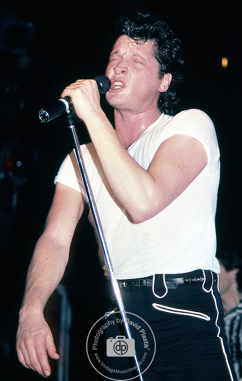 Barry Hay of Golden Earring perfrming Live in New York 1984
