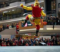 Celebration du nouvel an chinois au Complexe Desjardins, le 25 janvier 2020.<br /> <br /> On remarque la presence de masques dans la foule, suite au coronavirus venu de Chine<br /> <br /> PHOTO :  Agence Quebec Presse - Pierre Tran